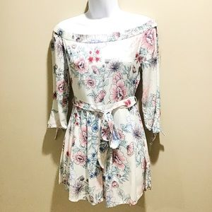 Dresses & Skirts - NEW Off Shoulders Floral Romper